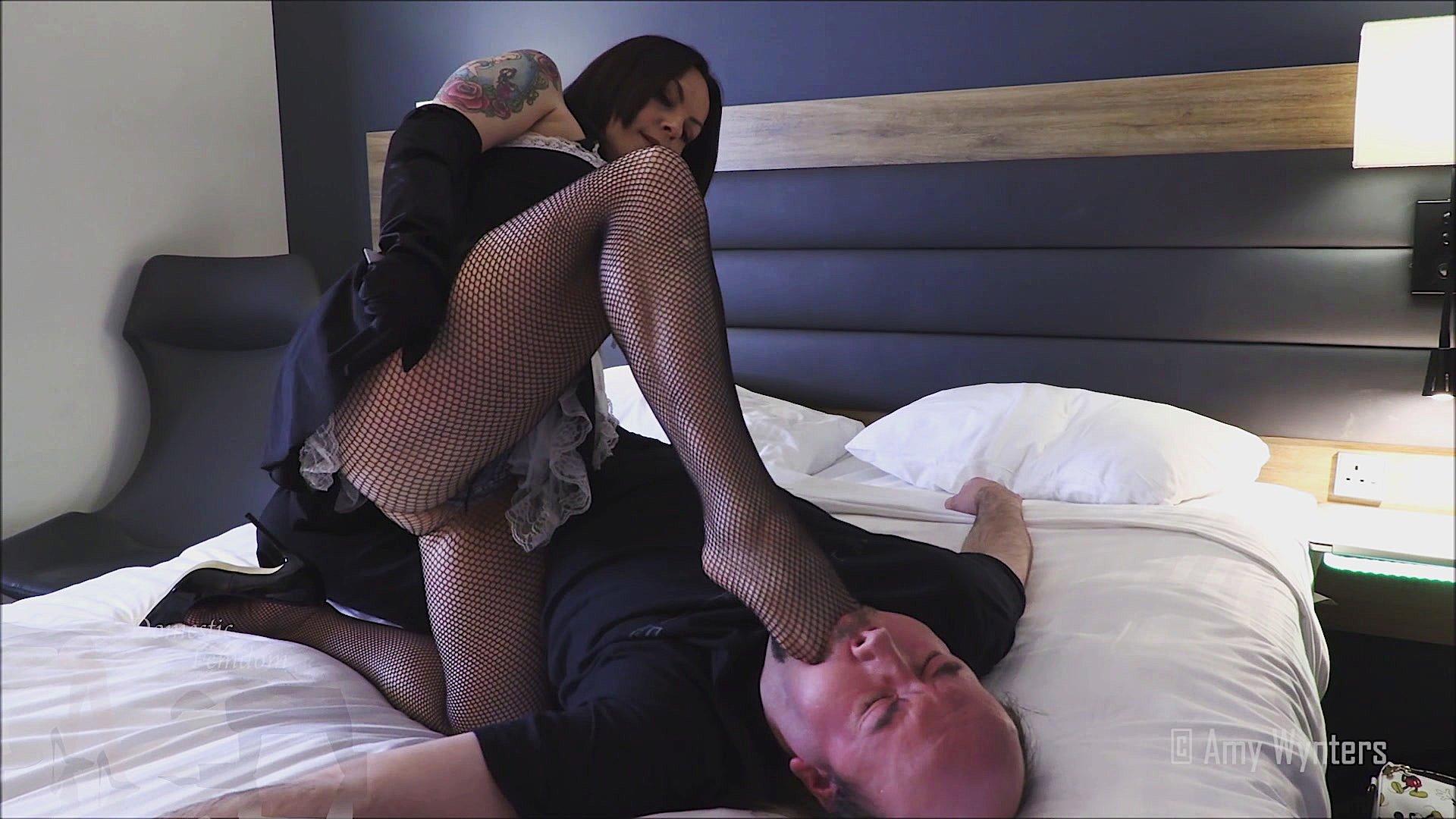 amy wynters stockings foot fetish femdom